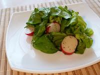 Salata verde cu verdeturi aromate a la Provence