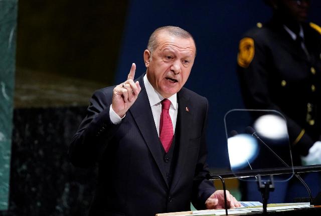 Turki 'Tutup Mata' untuk Pengungsi Afghanistan, Erdogan: Itu Bukan Kewajiban Kami!