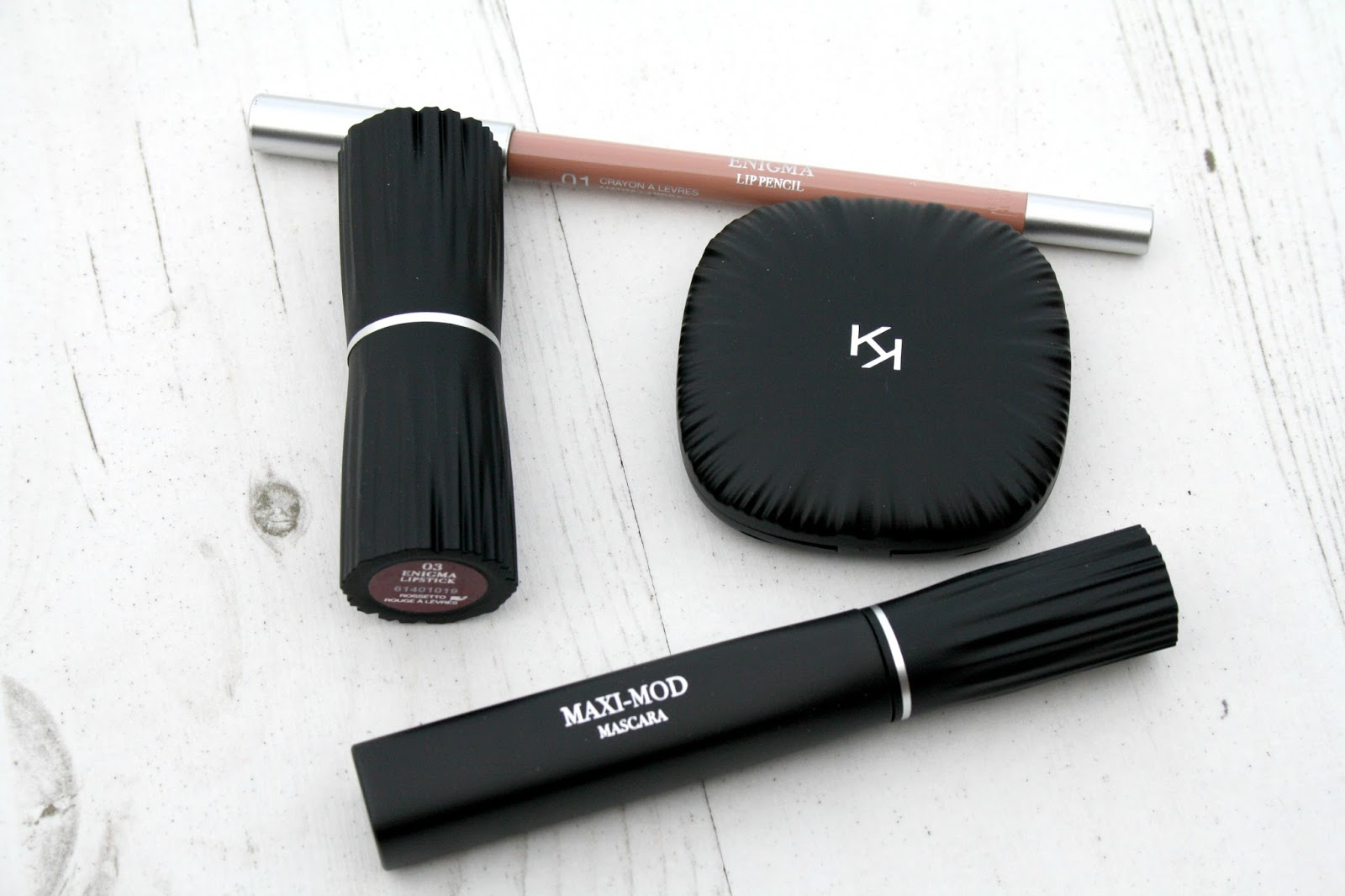 224b628a216 Beautyqueenuk | A UK Beauty and Lifestyle Blog: Kiko Milano Neo Noir ...