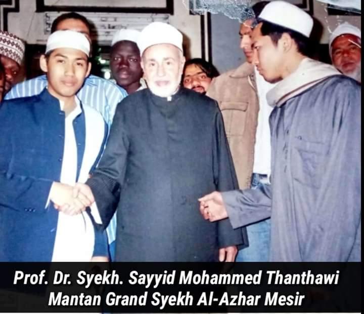 Mufassir Abad 21 yang Menebarkan Pesan Perdamaian Islam