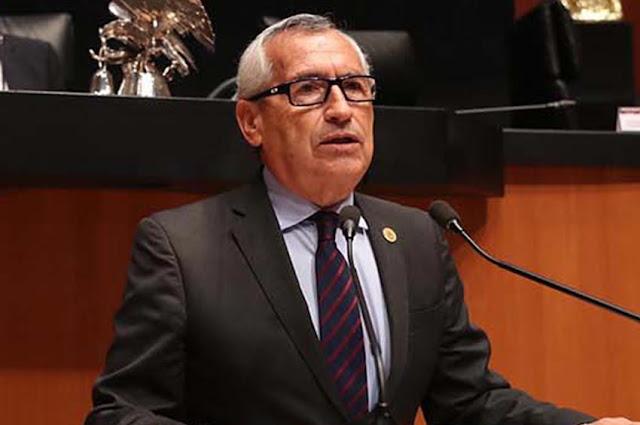 """Propone Raúl Bonifaz cambiar el término de """"diputado local"""" por el de """"diputado estatal"""""""