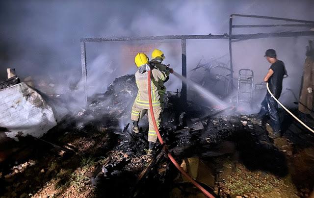 Associação de Moradores da Vila Princesa é destruída por incêndio