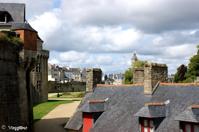 Panoramica sui tetti e fortificazioni di Vannes