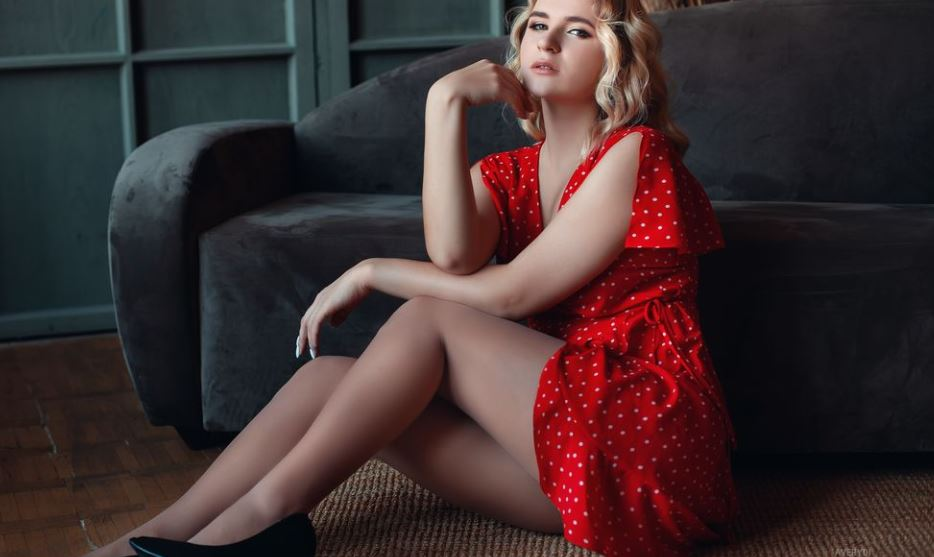 AveryDi Model GlamourCams
