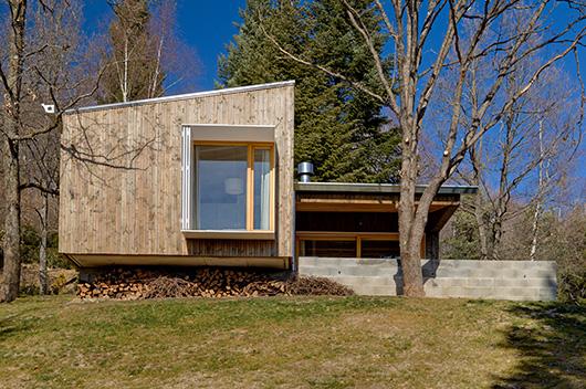 Marzua acogedora casa de dise o de madera en la monta a - Apartamentos de montana ...