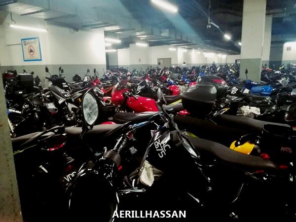Lokasi Parking Motor di Pusat Beli Belah Mid Valley, Kuala Lumpur