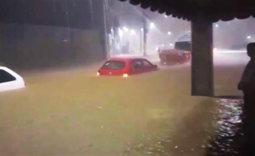 Inmet alerta para perigo de chuvas intensas e ventos de até 100 km/h na Bahia; veja áreas
