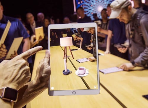 Apple wants to use augmented reality to improve conversations