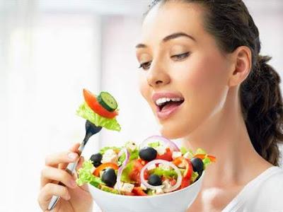 تأثير النظام الغذائي علي البشرة