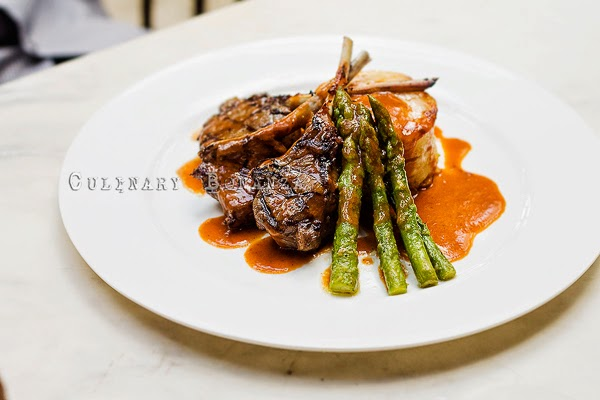 Lamb Chops with gratin potatoes and asparagus