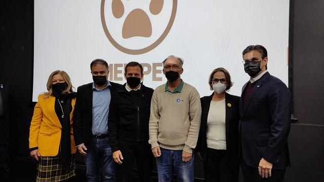 Prefeito Nilton Hirota conquista clínica veterinária gratuita para Registro-SP