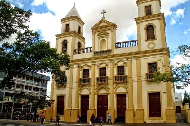 Festa de Nossa Senhora da Conceição, Padroeira de Campina Grande, será aberta na noite deste domingo, na Catedral
