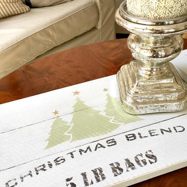 How to Make a Rustic Christmas Tray