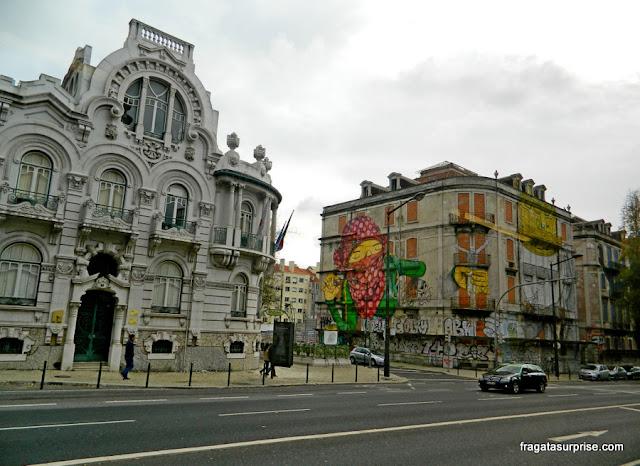 Grafite de Osgemeos em Lisboa