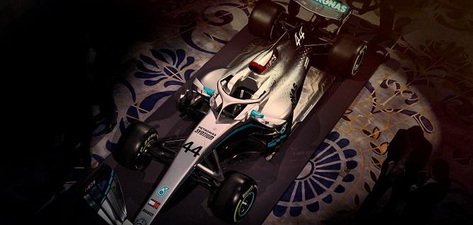 Visto de arriba Auto de Carreras de Formula 1 color Plata