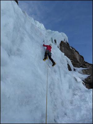 Cascadas de hielo en Valdecebollas, hielo en Brañosera