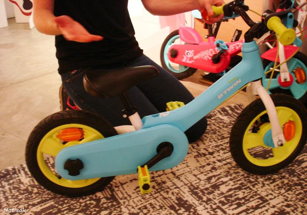La draisienne qui se transforme en vélo  Woony de B'twin