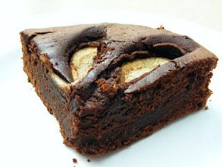 Шоколадный торт с грушами в мультиварке