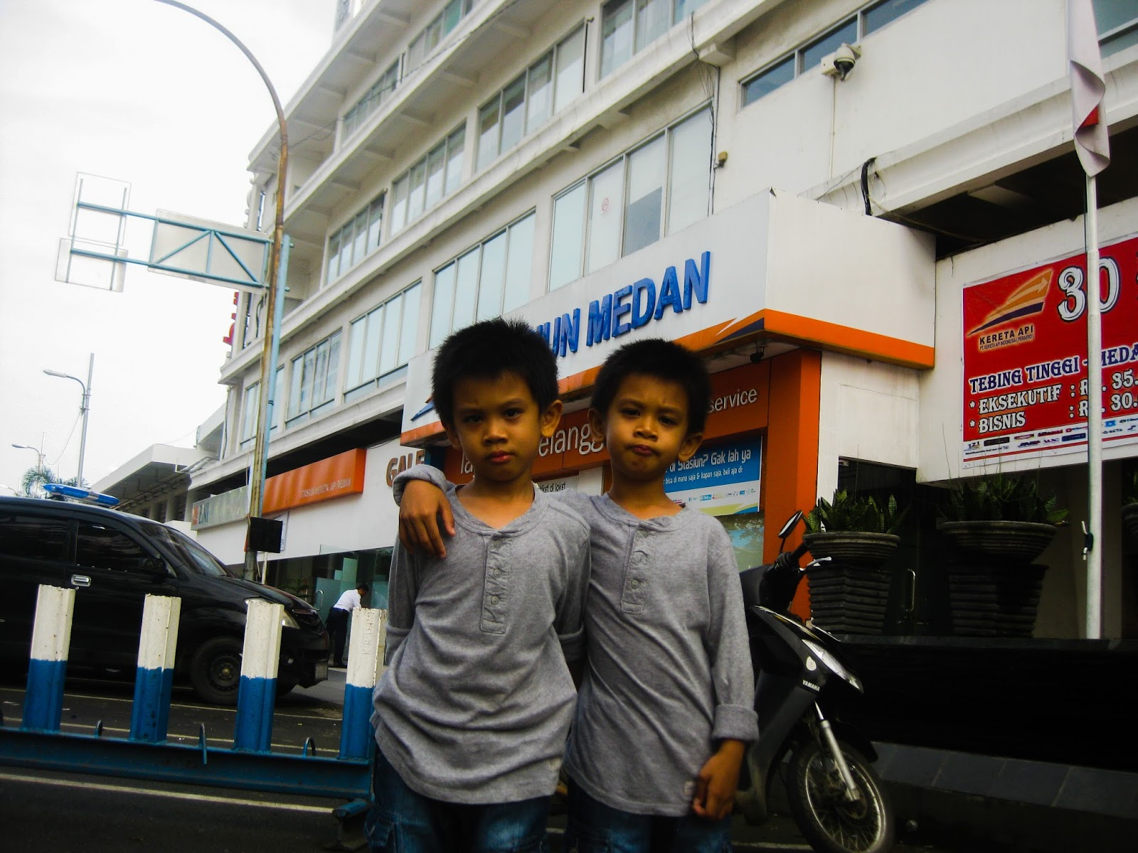 The twins Jibran-Rafiq with a weekend trip