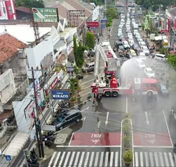 Pemkot Madiun Buat Hujan Kabut Disinfektan Guna Optimalkan Penyemprotan