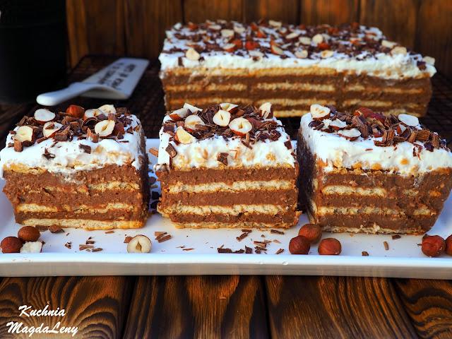 Budyniowe ciasto czekoladowo-orzechowe