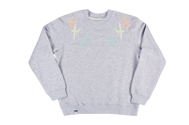 https://www.etsy.com/uk/listing/262084940/sweatshirt-gris-clair-chine-brode
