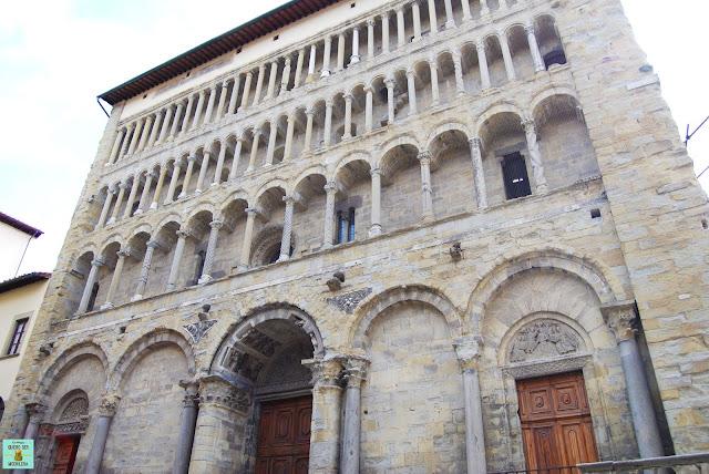 Iglesia Santa María de la Pieve en Arezzo, Toscana