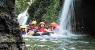 river tubing santirah
