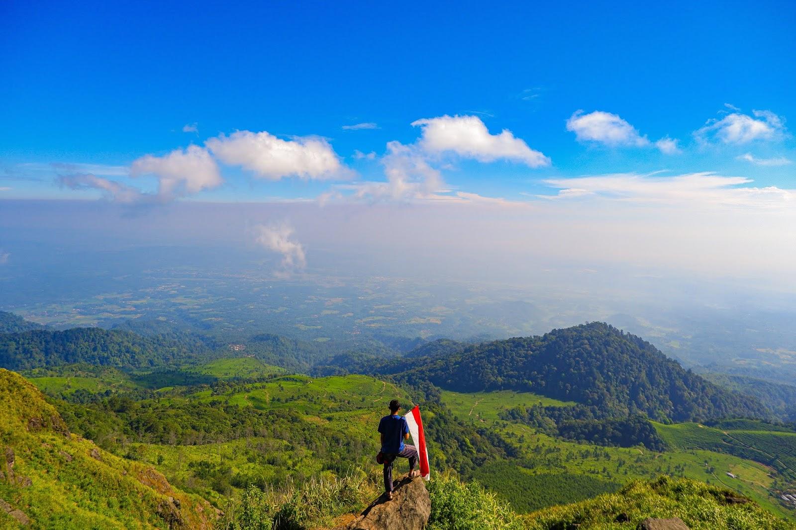 gunung ungaran view