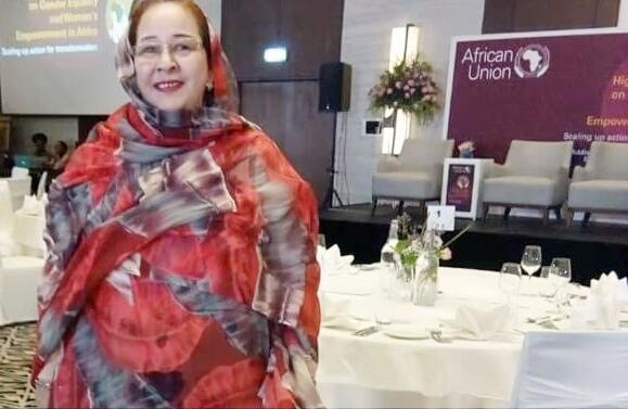 """رئيسة شبكة """" موريتانيا أولا """" تناشد المنتخبين و الولاة و رجال الأعمال بالتبرع لتوفير الأغذية للفقراء..."""