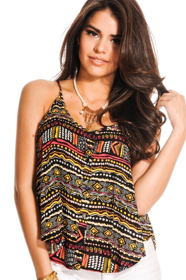 c91dc0980a98f This printed top features thin spaghetti straps