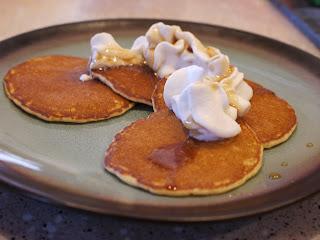 Resep Kue Pancake Coklat Sederhana Simple Mudah Enak Tanpa Isi Durian Pisang Keju Rainbow