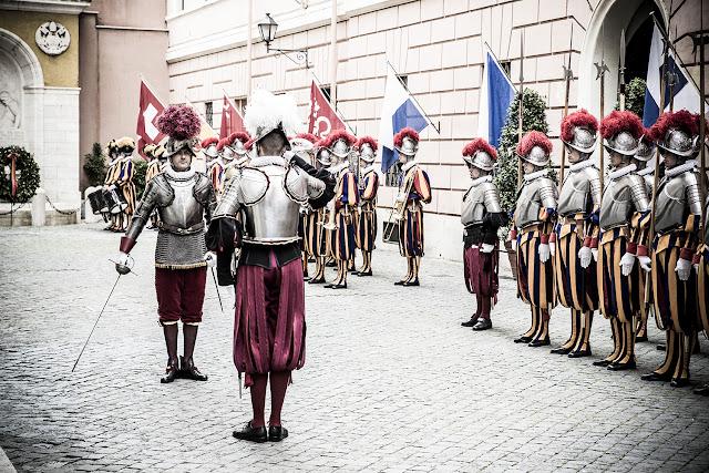 Guarda Suíça, Papa, Vaticano, Michell Hilton