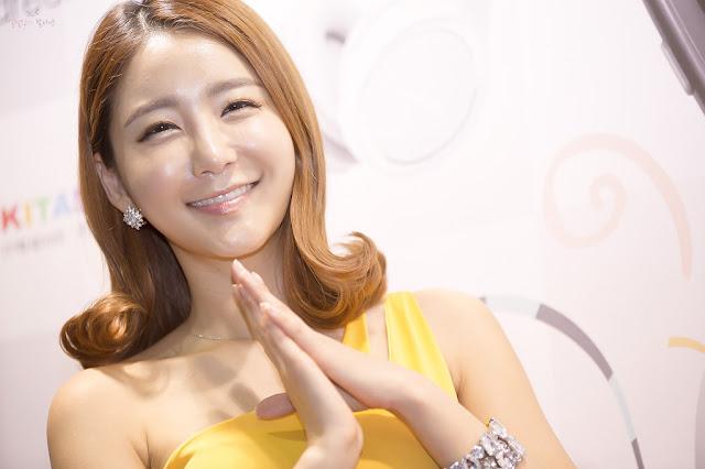 xxx nude girls: Bang Eun Young - KITAS 2013