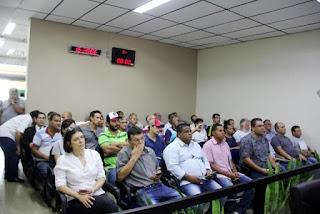 Títulos de Legitimação Fundiária são entregues na Vila São Francisco em Registro-SP
