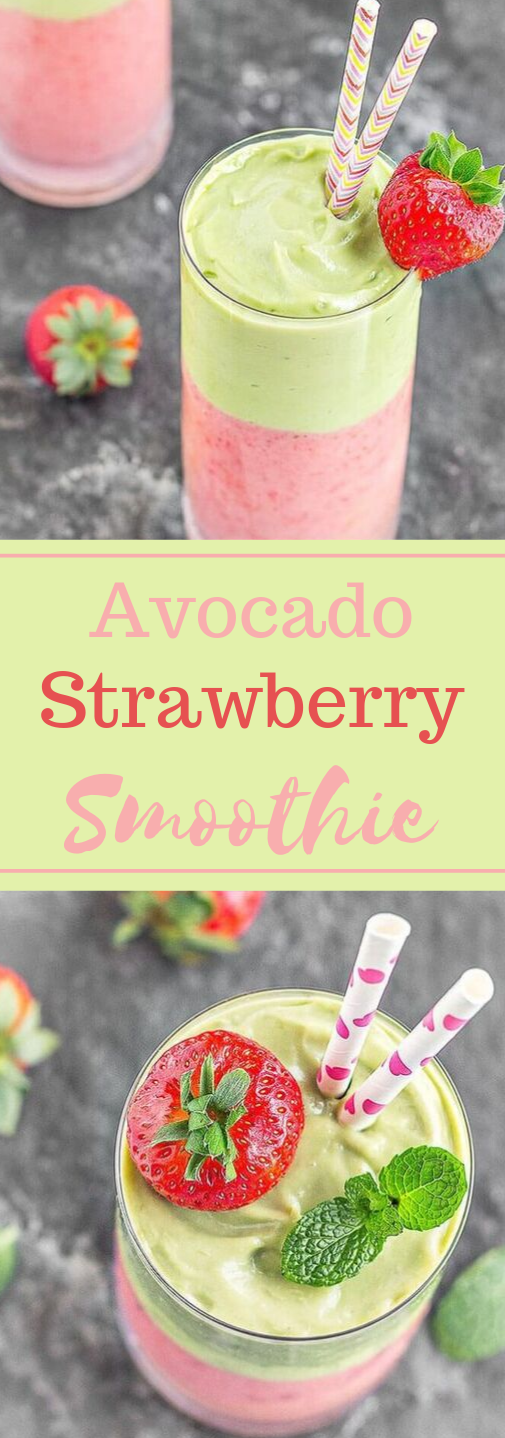 AVOCADO STRAWBERRY LAYERED SMOOTHIE #avocado #drink #smoothie #strawberry #healthy