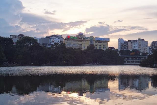 ハノイ ホアンキエム湖 Hoan kiem lake