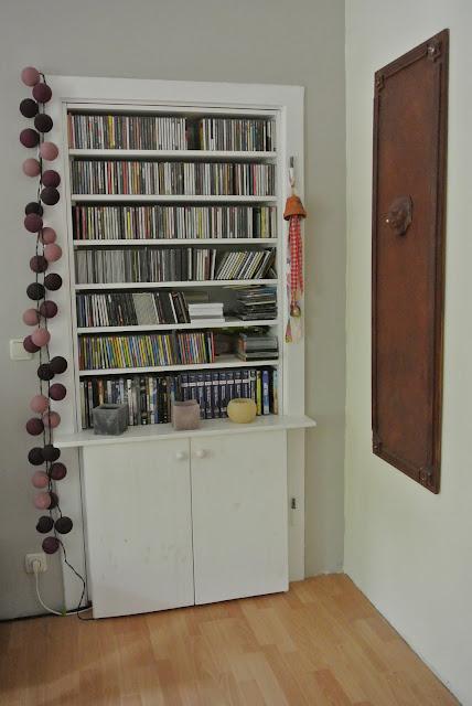 die bommelfrau eine garderobe. Black Bedroom Furniture Sets. Home Design Ideas