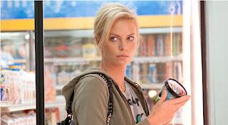 """Charlize Theron en """"Young Adult"""" en la pantalla de Film&Arts"""
