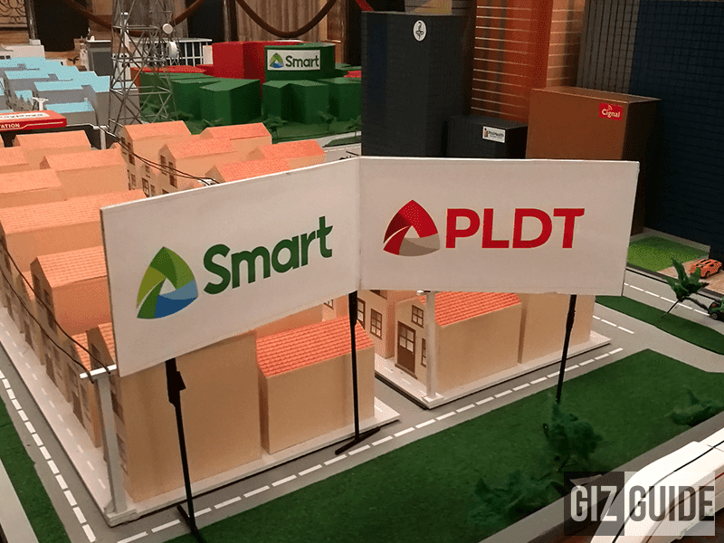 The brand new identical logos of Smart and PLDT