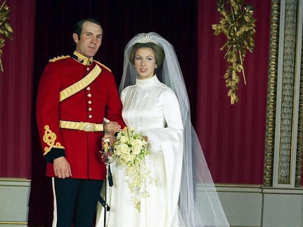 Królewskie śluby - księżniczka Anna i Mark Philips.