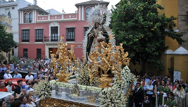 Horario e Itinerario Procesión Esperanza Divina Enfermera. Sevilla 02 de Octubre del 2021
