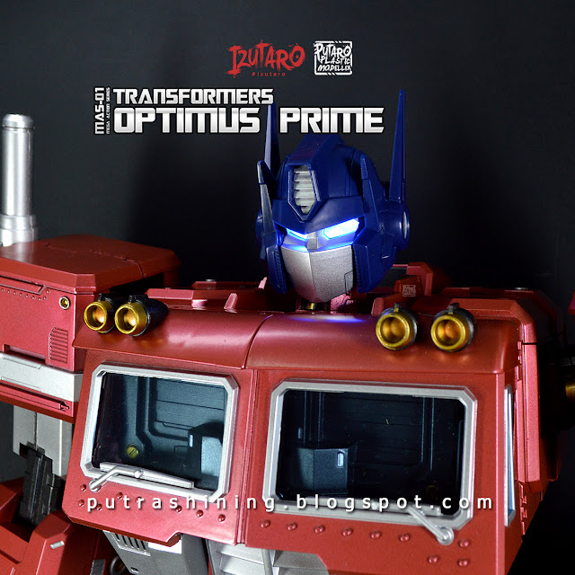 "Transformers Optimus Prime | MAS-01 Mega Action Series 18"" REVIEW"