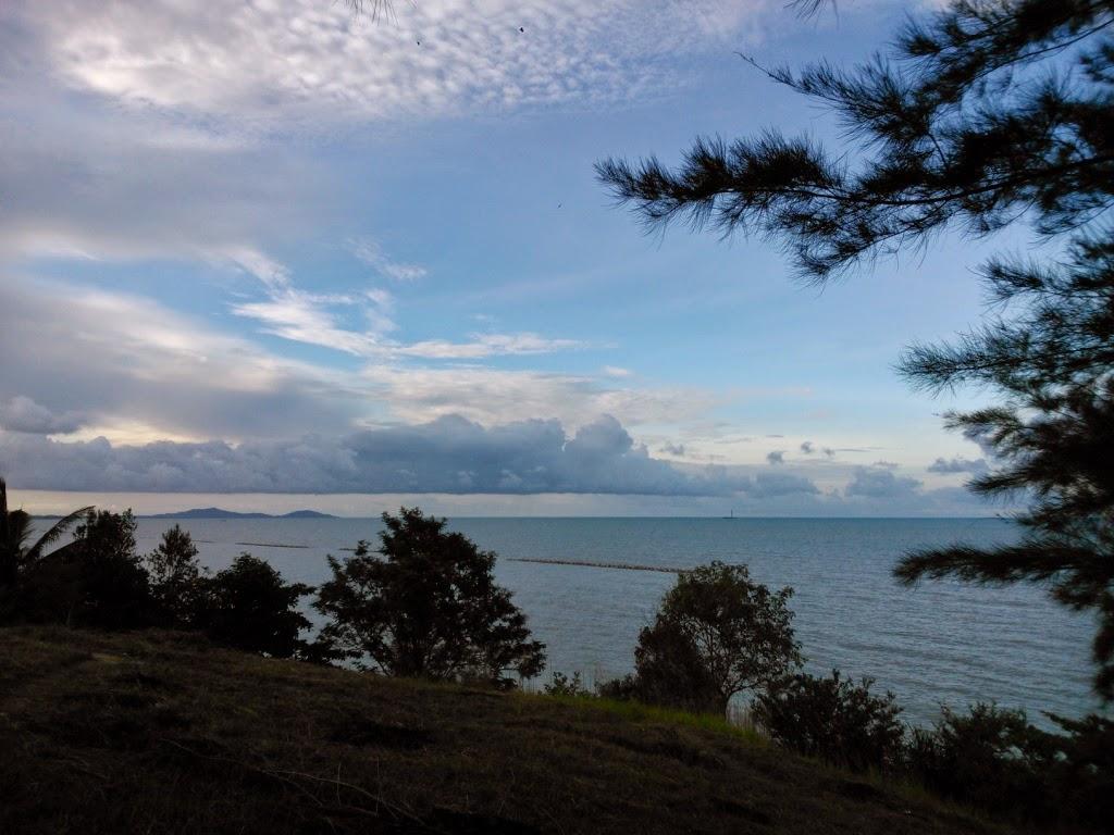 Pantai Tanjung Bunga Pangkalpinag - Bangka Belitung