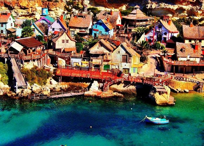 Kỳ bí ngôi làng của thủy thủ Popeye ở Malta -2