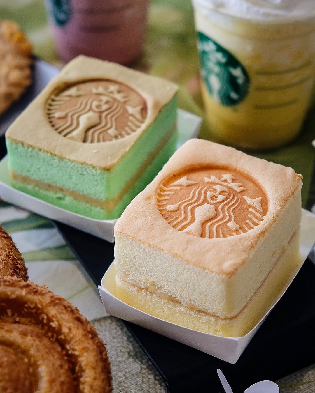 starbucks-cheese-cake