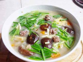 súp yến với nấm