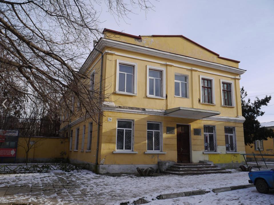 Завод им. Кирова в Симферополе
