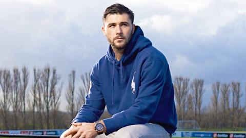 Charlie Austin sẵn sàng rời QPR trong mùa Hè năm nay