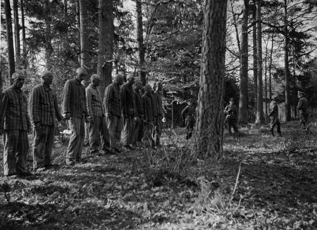 Polish laborers about to be executed 26 April 1942 worldwartwo.filminspector.com